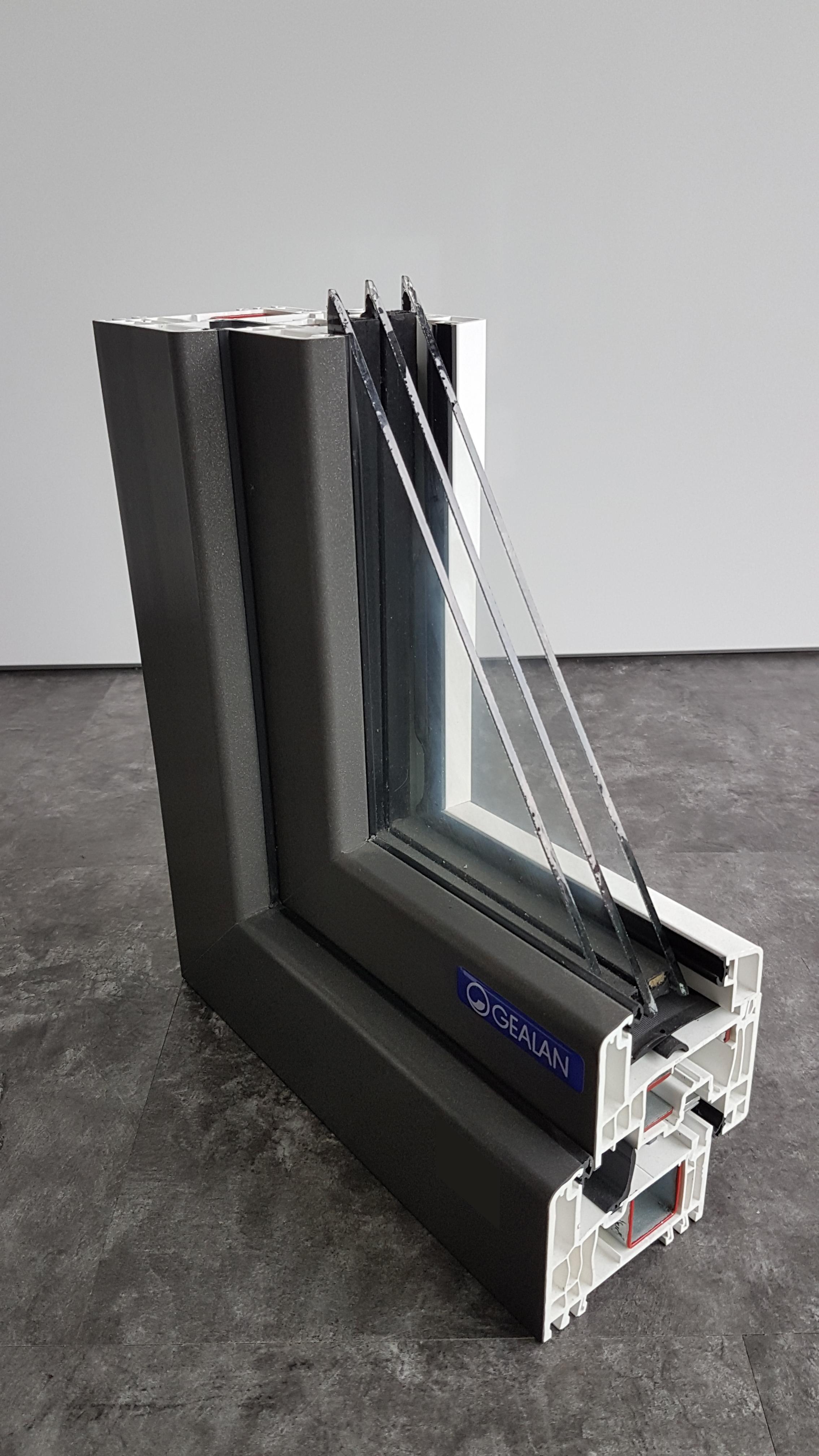 kunststofffenster holzfenster und aluminiumfenster. Black Bedroom Furniture Sets. Home Design Ideas