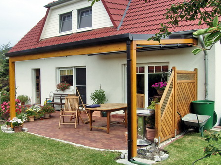 Emejing Alu Und Holz Terrassenuberdachungen Geschutzt Gallery ...